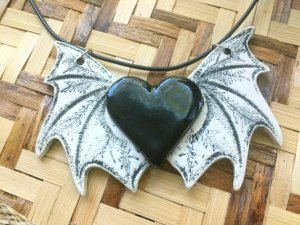 granny-goodfish-bat-necklace